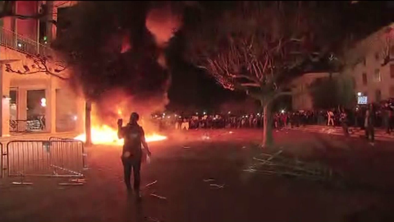Trump condemns UC Berkeley protests, threatening federal