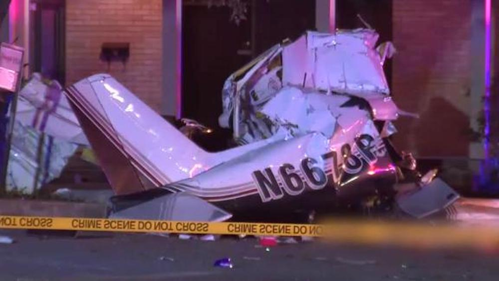 3 killed after plane crashes while attempting emergency landing in San Antonio