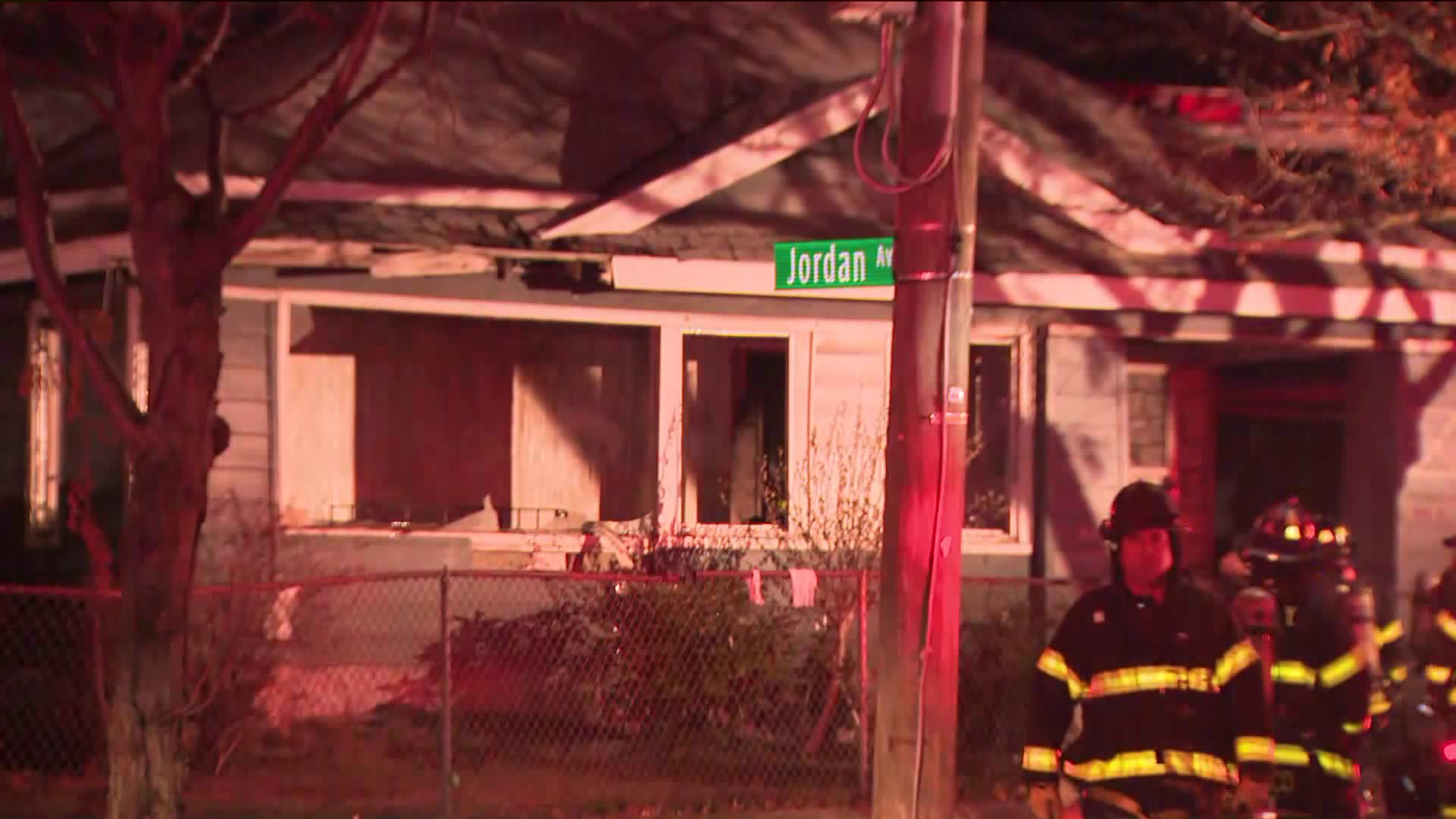 3 dead after fire rips through vacant Queens home:police