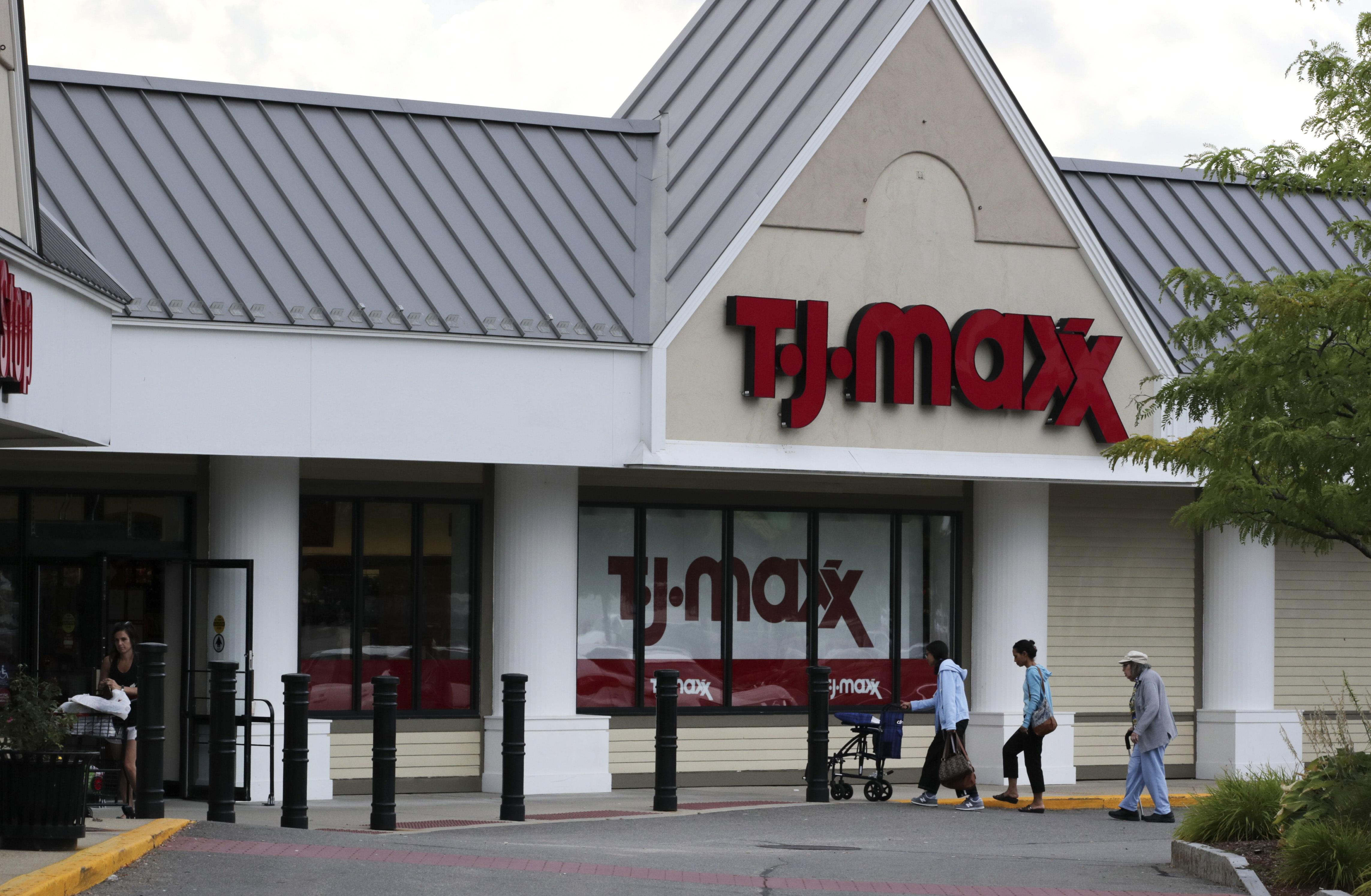 Tj Maxx Kohl S And Jcpenney Closing All Stores For 2 Weeks Amid Covid 19 Pandemic Pix11