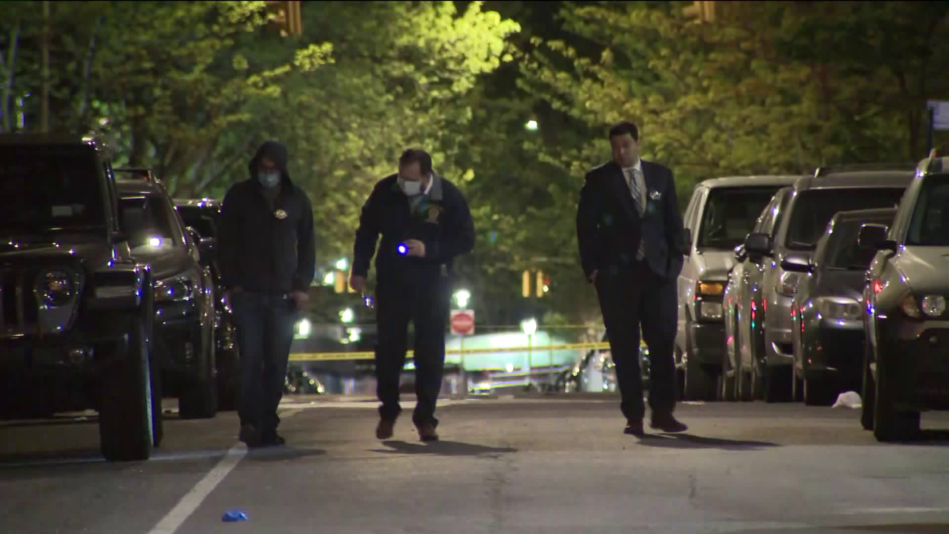 6-year-old girl stabbed during robbery on Lower East Side