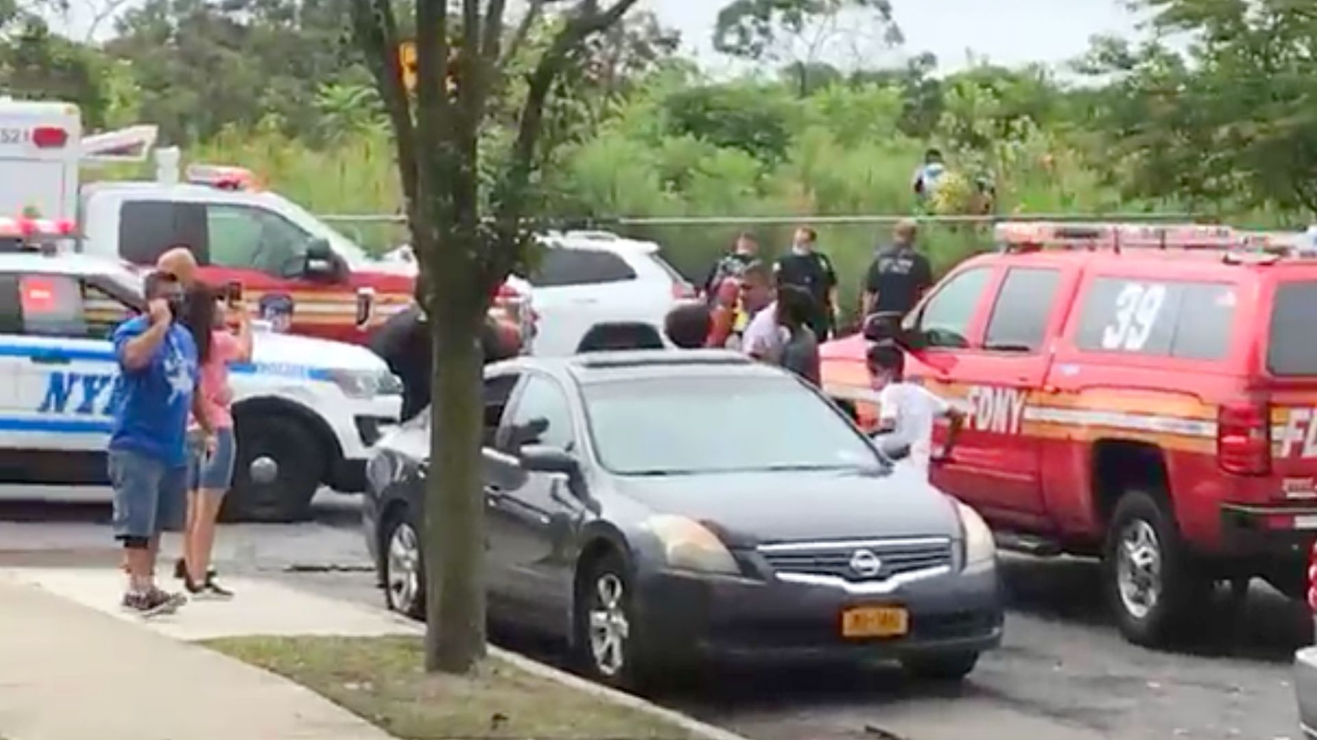 Body of woman found in water off Queens