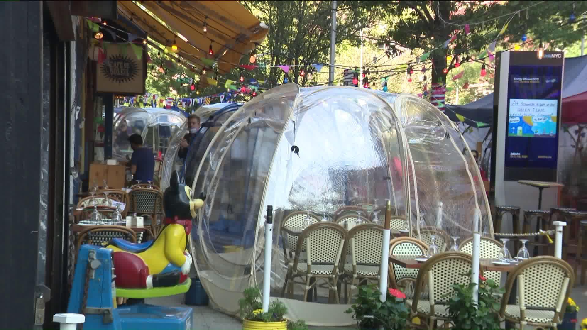 bubble restaurant tables