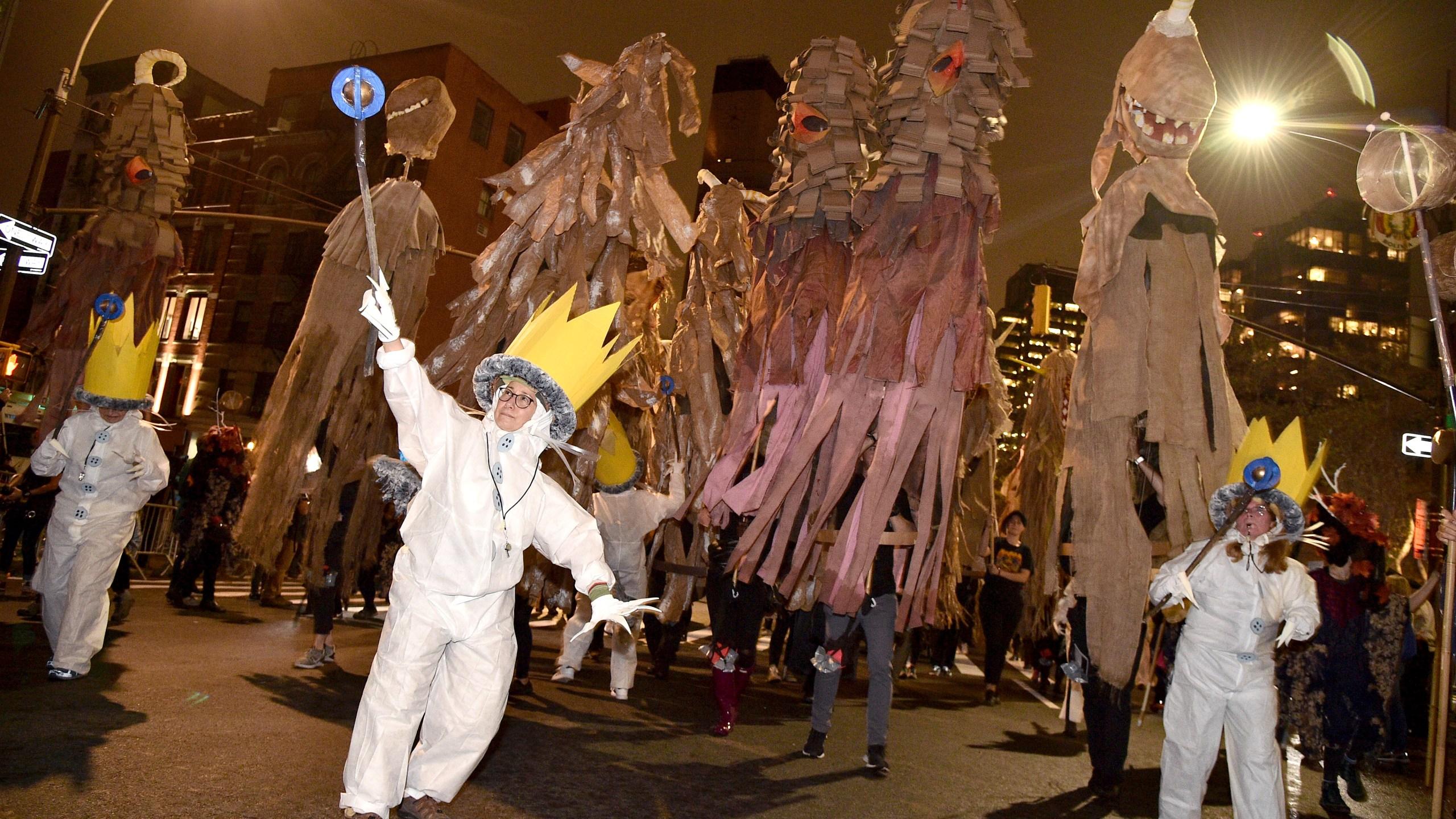 Photos: Photos: Costumed revelers kick off 46th NYC Halloweenparade