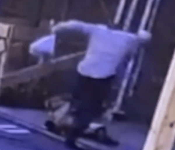 Man stomping on Asian woman in suspected Manhattan hate crime