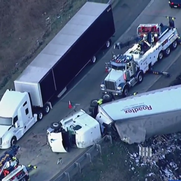 AIR11 was over the scene of an overturned tractor trailer on the I-287 and Route 17 ramp to the New York State Thruway on April 5, 2021. (AIR11 / PIX11 News)