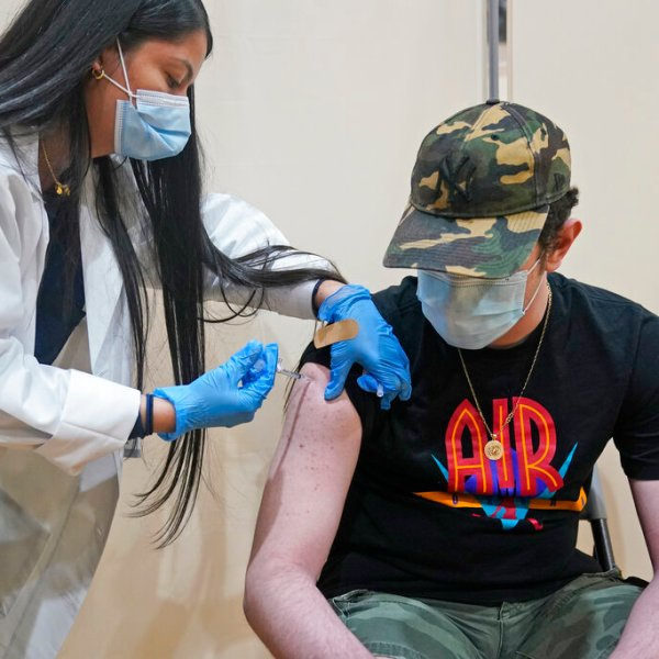 New Jersey teen gets COVID vaccine in West New York