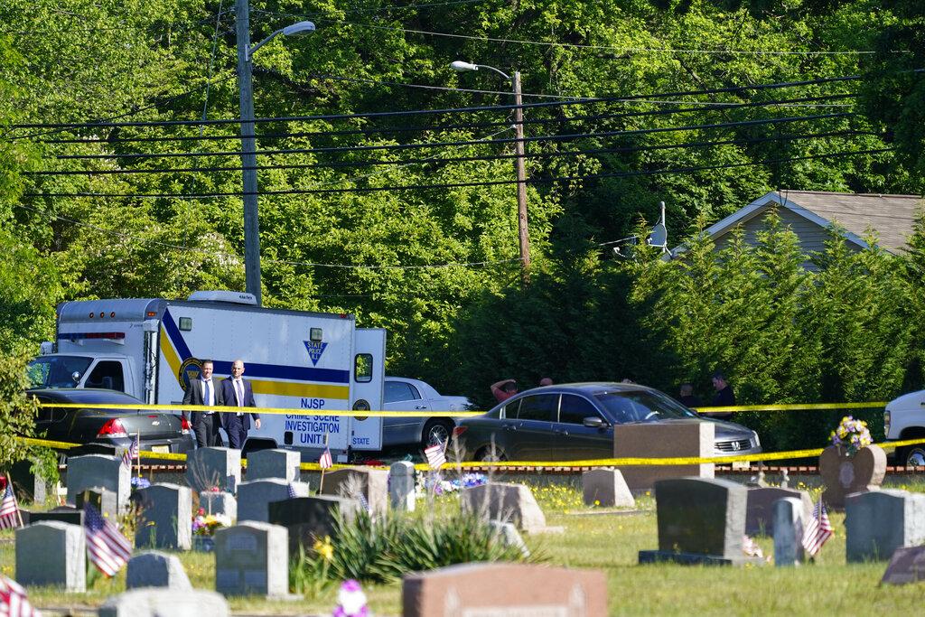 Fairfield NJ shooting leaves 2 dead, 12 injured