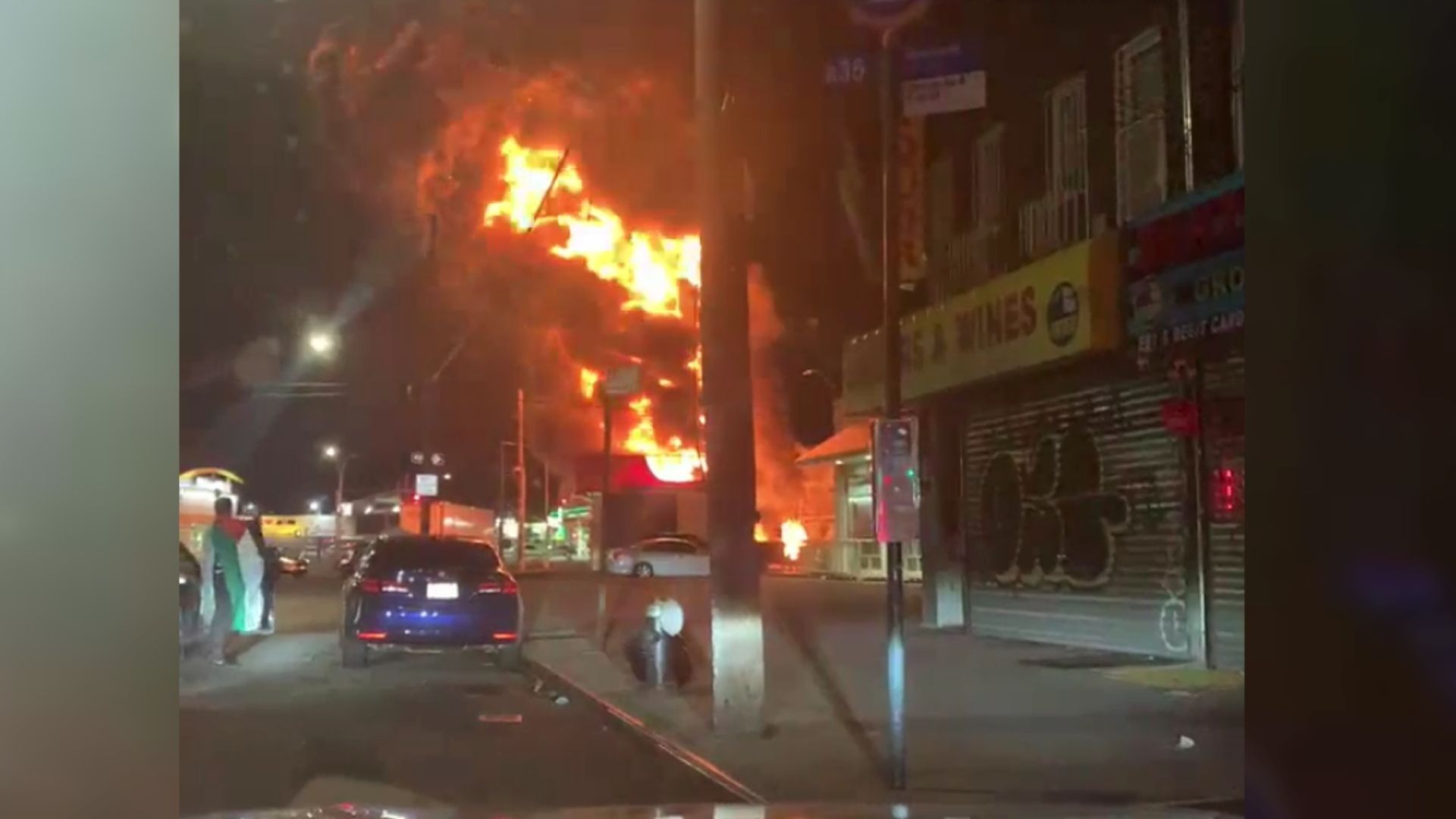 East Flatbush tire shop goes up in flames in Brooklyn