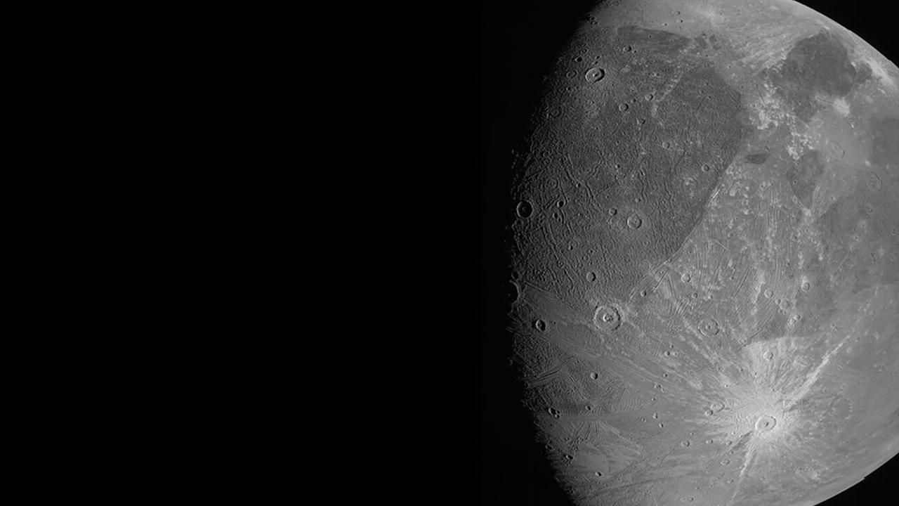 Space Jupiter Jumbo Moon
