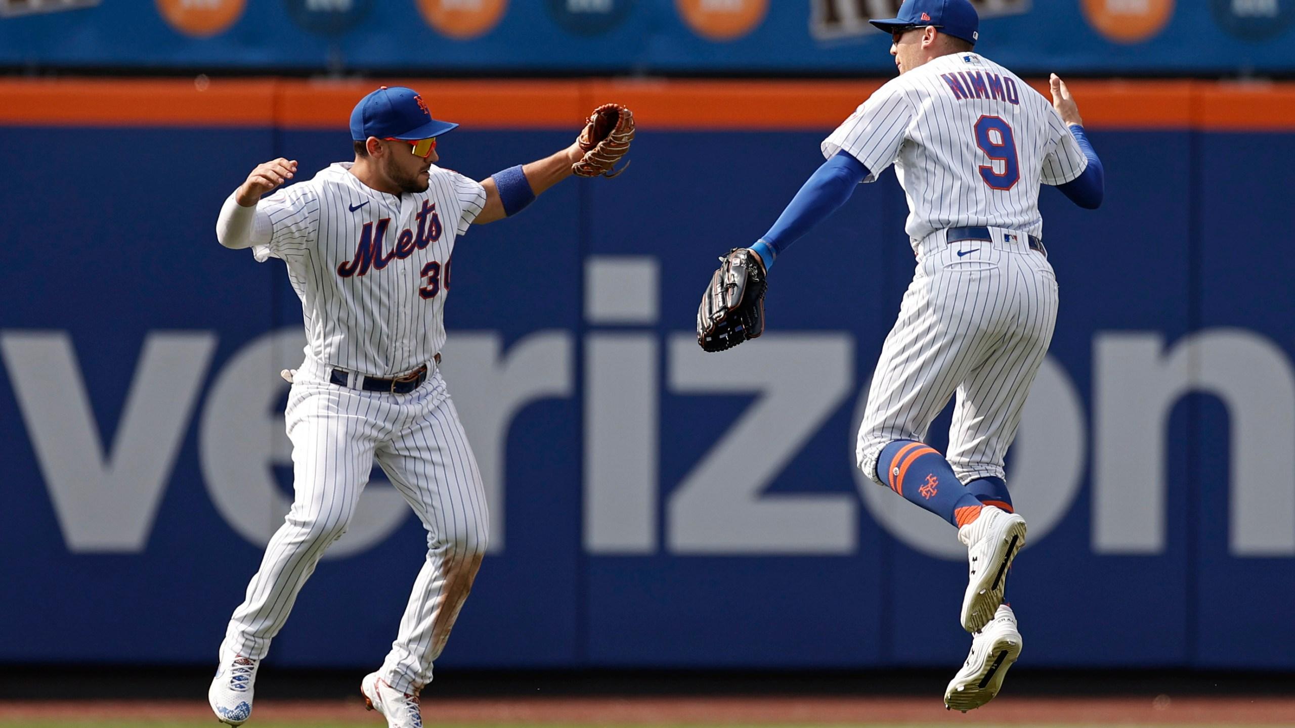 New York Mets right fielder Michael Conforto and center fielder Brandon Nimmo