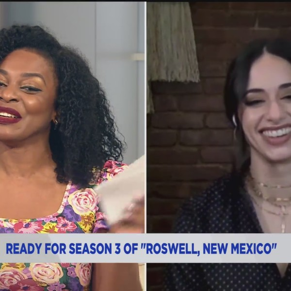 'Roswell, New Mexico' actress Jeanine Mason on PIX11