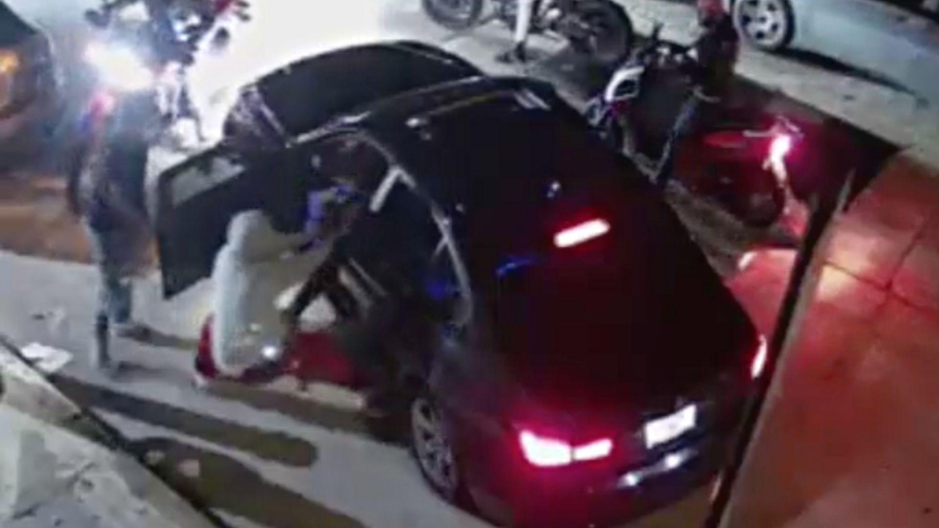 Inwood gunpoint carjacking