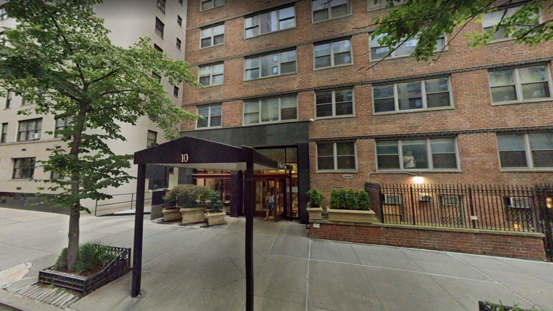 Manhattan doorman attacked