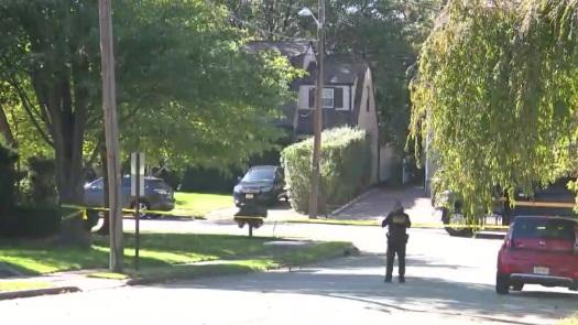 Elmwood Park death barricaded suspect police response
